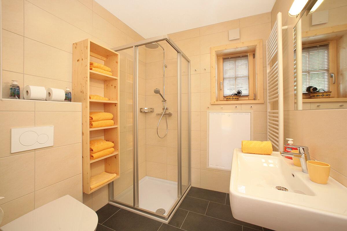 preise badezimmer gute inspiration fliesen preise. Black Bedroom Furniture Sets. Home Design Ideas